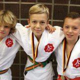 Maximilian (6c), Emil (5c) und Julian (5c) gewinnen Bezirks-Mannschaftsmeisterschaft U12