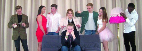 Theateraufführung: Literaturkurs in der Klemme